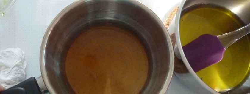 Crème hydratante maison pour le corps à la lavande et à l'avocat