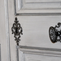 Porte Napoléon III, Style Louis XVI