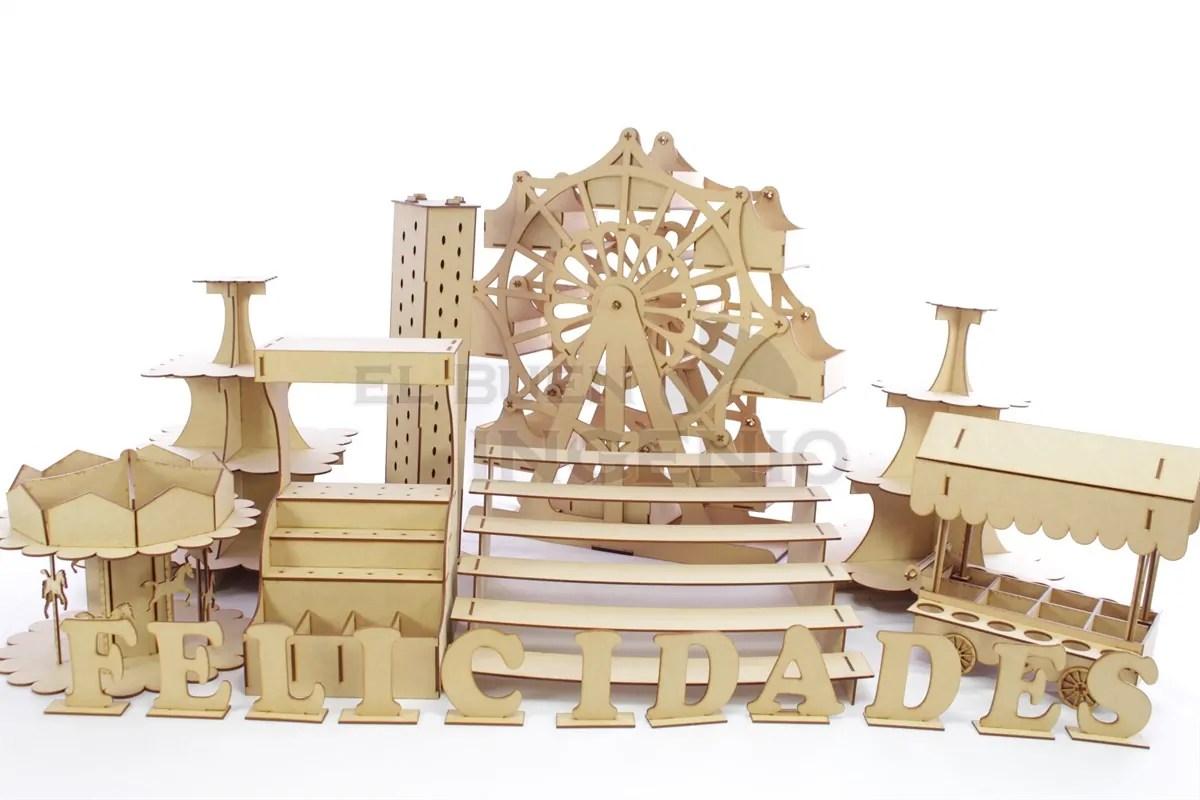 Mesa de dulces y postres con rueda de la fortuna gigante