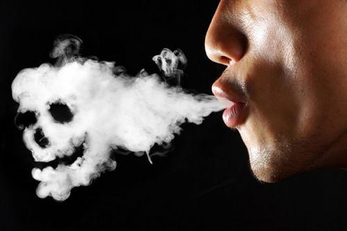 42.022 de români au murit din cauza afecțiunilor provocate de fumat în 2012