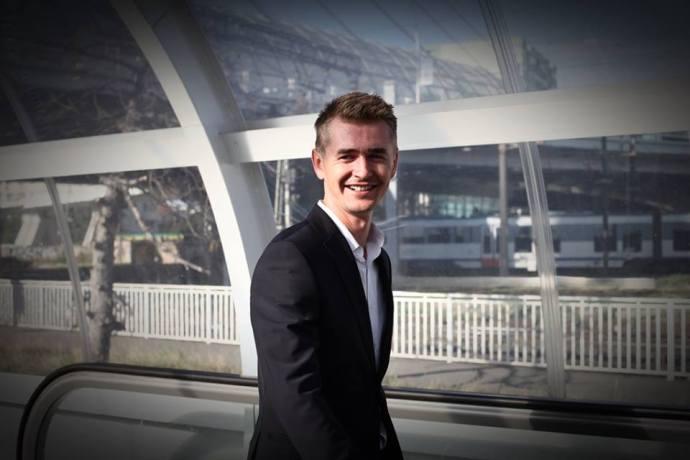"""Cristian Gog a fost votat de către publicul român ca fiind """"cel mai talentat român"""" în cadrul emisiunii Românii au talent (ediția 2012)"""