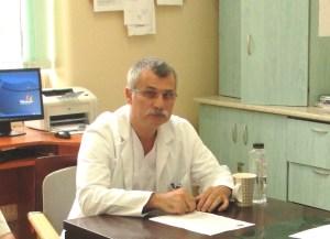 Dr. Mircea Vicenţiu Săceleanu este medic primar neurochirurg, doctor în ştiinţe medicale, cadru asociat al ULBS şi medic şef al Secţiei Clinice Neurochirurgie din cadrul Spitalului Clinic Județean de Urgență Sibiu