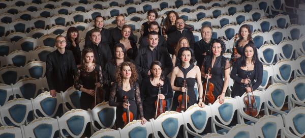 Orchestra Naţională de Camera a Republicii Moldova, condusă de maestrul Cristian Florea