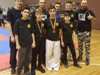 Medalii pentru Pume