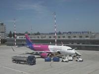Vremea rea perturbă activitatea pe Aeroportul Internațional Sibiu: zborul Sibiu – Memmingen a fost anulat, cel către Londra – amânat cu trei ore | ACTUALIZARE