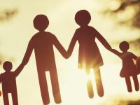 Dezbatere: familia tradițională în societatea contemporană