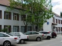 Încă 100 de spații de parcare în cartierul Valea Aurie