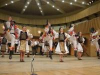 """Spectacolul """"Tradiții Centenare"""" – datini de acasă și de peste hotare ȋn această săptămână la Sibiu"""
