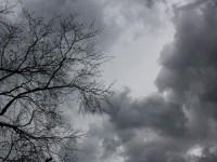 Inundații și furtuni