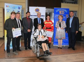 "Lions Club Brukenthal a premiat ""Învingătorii"""