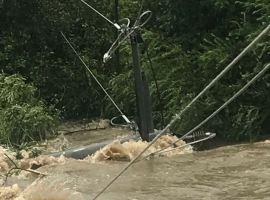 Magistrala electrică Laslea-Nou Săsesc, afectată de inundații. Patru localități au rămas fără curent
