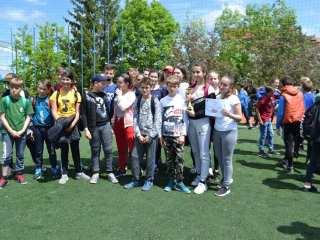 """Elevii din Cisnădie, câștigători ai concursului județean """"Cu viața mea apăr viața"""" organizat de ISU Sibiu"""