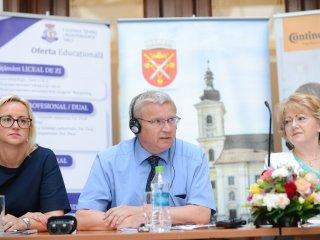 Oswald Kolb conduce fabrica grupului Continental de la Sibiu