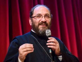 """Cum va fi Învierea cu bisericile închise? Părintele Necula: """"Atunci când nu ești la biserică, îți sporești virtuțile necesare să stai în biserică"""""""
