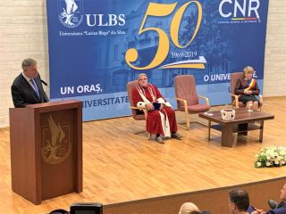 Peste 200 de invitați au sărbătorit 50 de ani de la înființarea ULBS