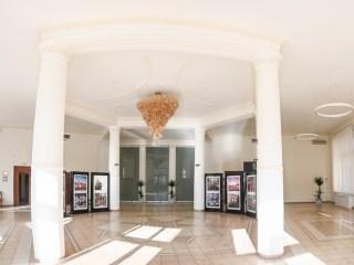 Sala expozițională a Primăriei și Centrul de Informare Turistică vor fi reamenajate