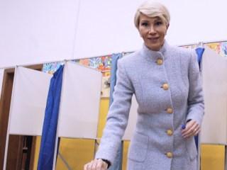 Raluca Turcan: Am votat cu credința că de mâine începem reconstrucția României educate, României normale, României europene