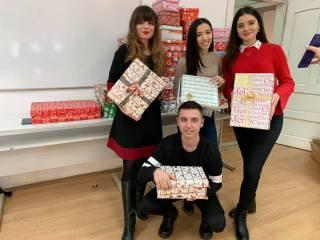 """Studenții au strâns peste 60 de cadouri pentru copiii defavorizați, în """"Săptămâna Magică"""""""