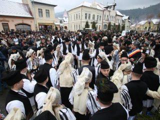 Junii din toată Mărginimea Sibiului s-au întâlnit din nou la Sălişte