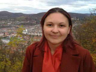 Gabriela Oltean coordonează comunitatea psihologilor APAR în județele Sibiu, Alba și Vâlcea și poate fi contactată la telefon 0726.386.546