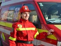 UPDATE: Pompierii încearcă să salveze un bărbat căzut în râul Cibin