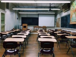 Şcolile din Sibiu în care se organizează secţii de votare, închise