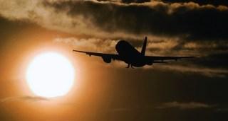 Aeroporturile europene vor pierde în medie în acest an 42% din pasageri și 35% din venituri