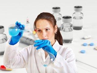 Veste importantă a cercetătorilor de la Oxford. Vaccinul anti-COVID poate antrena sistemul imunitar