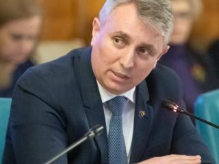 """Ministrul Transporturilor: România a plătit peste 2 miliarde de euro """"taxă pe prostie"""" pentru revendicările antreprenorilor"""