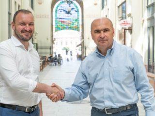 """Primarul municipiului Oradea, Ilie Bolojan: """"Forța și energia îl califică pe Adrian Bibu să facă lucruri bune pentru Sibiu!"""" (P.E.)"""