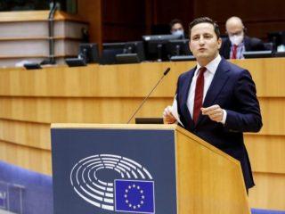 """Nicu Ștefănuță (USR PLUS): """"Facilitatea Europeană de Împrumut pentru Sectorul Public, un nou ajutor pentru regiunile dependente de combustibili fosili"""""""