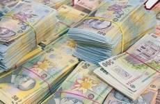 Cu cât va crește salariul minim de la 1 ianuarie 2022