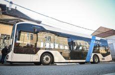 Primul autobuz electric românesc, în teste pe traseele circulate de elevi