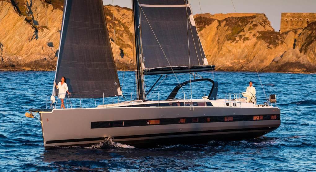 exterieur-navigation-oceanis-yacht-62-beneteau-mesailor
