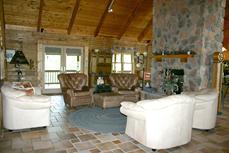 Luxury Lodge in Hocking Hills