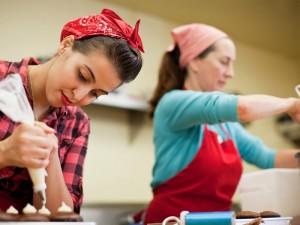 9 Peluang Usaha dan Ide Bisnis Rumahan Untuk Ibu Rumah Tangga