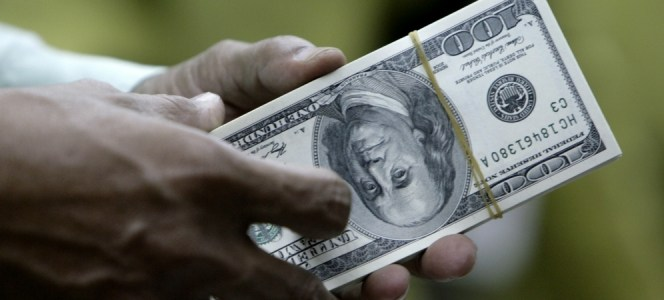 Sektor Industri yang Diuntungkan Saat Dolar Naik