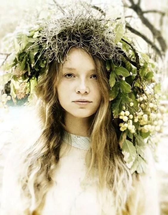 idees accessoires photo grossesse couronne vegetale