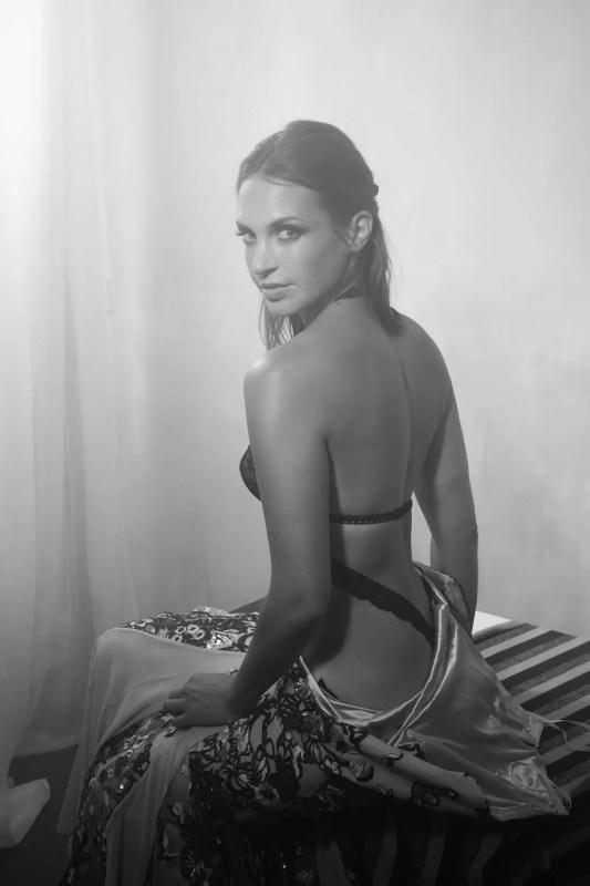 portrait femme thème orientalisme noir et blanc