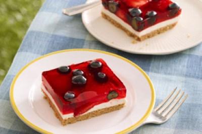 Glazed-Berry-Squares-2