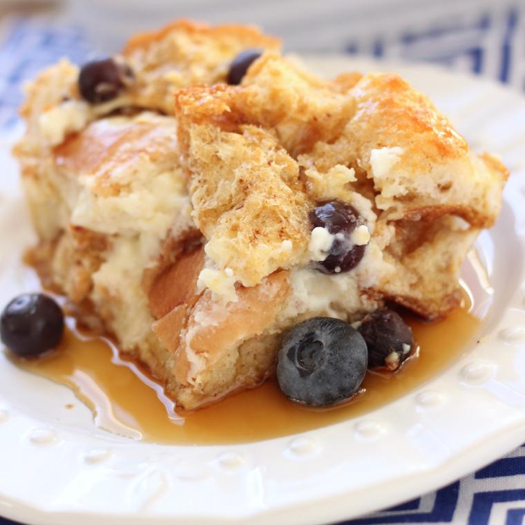 BLUEBERRY CHEESECAKE FRENCH TOAST BAKE
