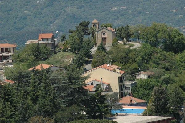 Castell'Umberto in vetrina