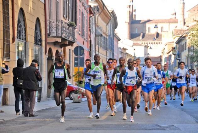 """Maratonina di Cremona"": super Nadia Ejjafini, bene i tre messinesi"