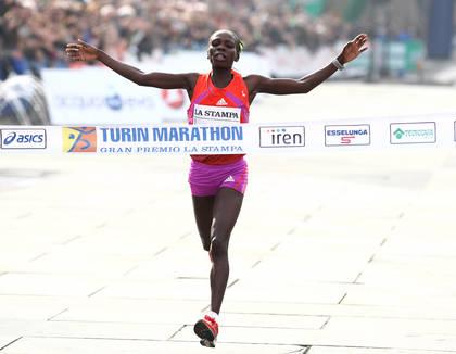 Dominio keniano alla Turin Marathon