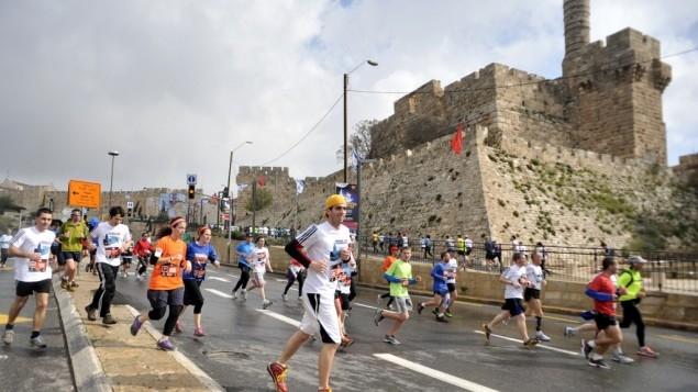 Maratona di Firenze: ebrei e arabi uniti per la pace