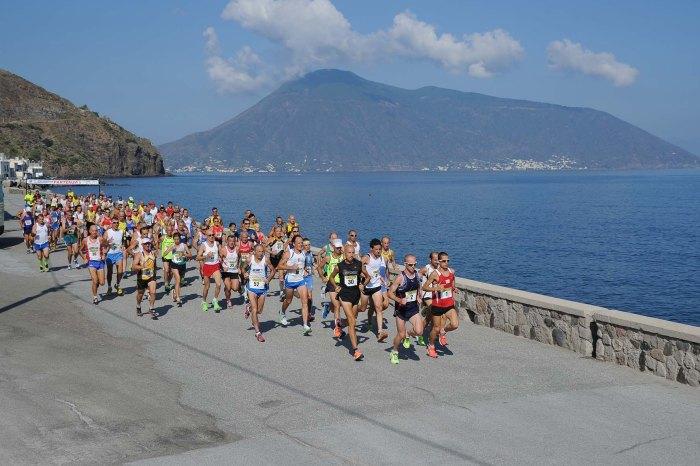"""""""XIV Giro Podistico delle Eolie"""": bis di Franzese e Marconi"""