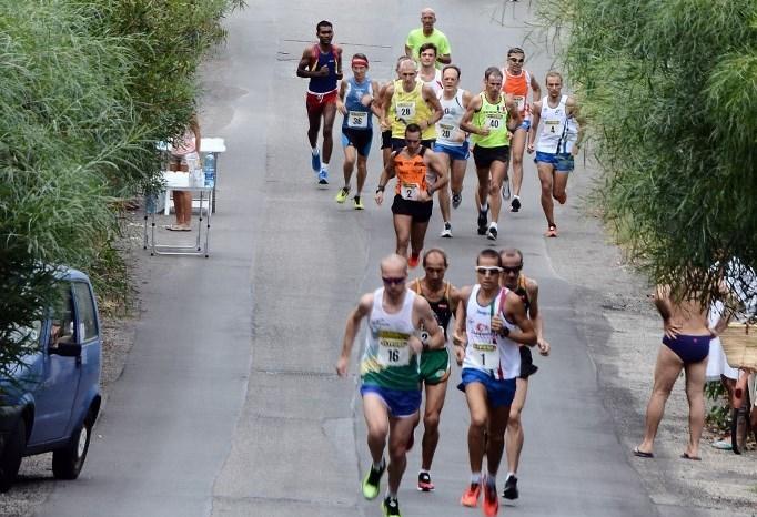 """Al via il sedicesimo """"Giro Podistico a Tappe delle Isole Eolie"""""""