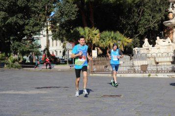 Atleti a Piazza Duomo