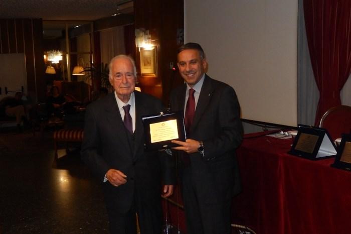 """Targa Rotary"" al presidente della Polisportiva Messina Giuseppe Carmignani"
