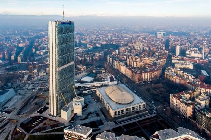 Vertical World Circuit: le corse nei grattacieli del mondo